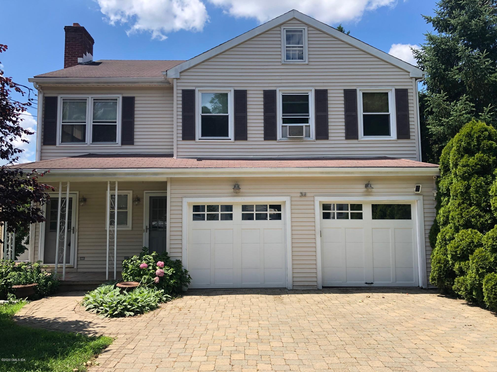 34 Pemberwick Road, Greenwich, Connecticut 06831, 2 Bedrooms Bedrooms, ,2 BathroomsBathrooms,Multi-family - 2 units,For Rent,Pemberwick,110707