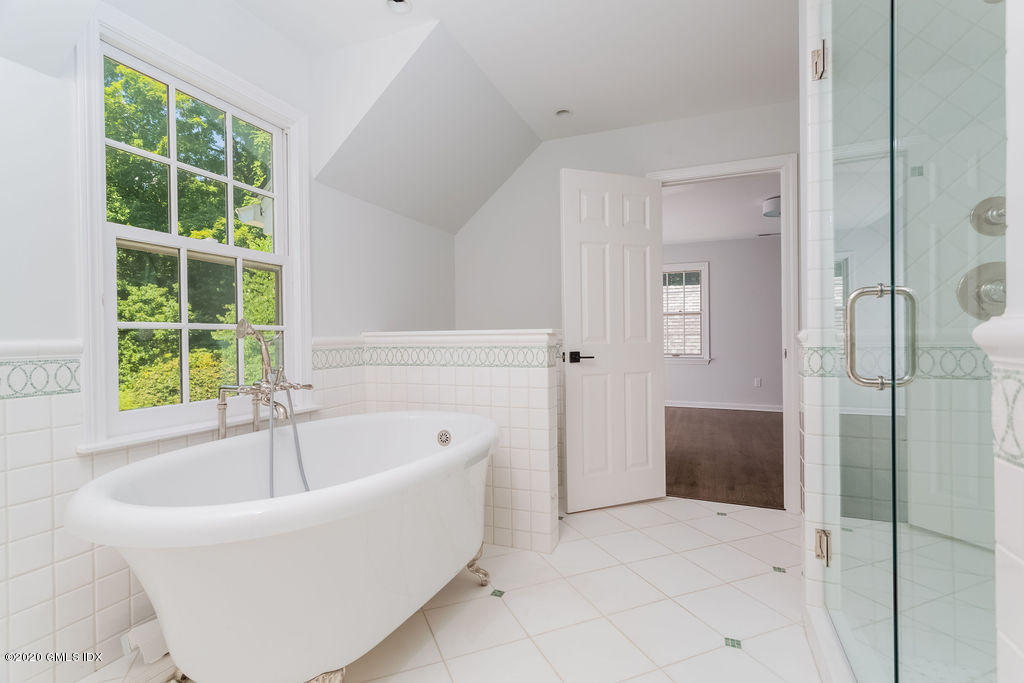 21 Knollwood Drive, Greenwich, Connecticut 06830, 6 Bedrooms Bedrooms, ,4 BathroomsBathrooms,Single family,For sale,Knollwood,110733