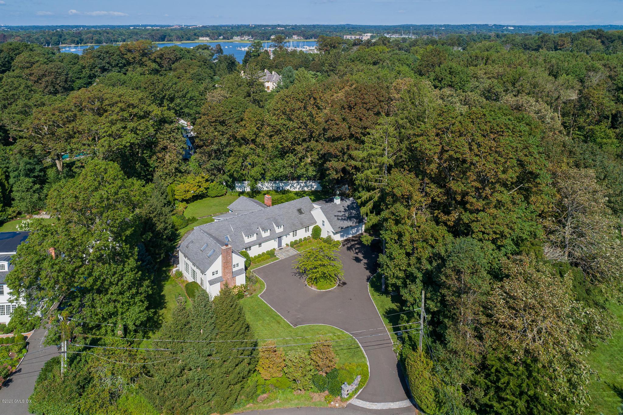 70 Cedar Cliff Road, Riverside, Connecticut 06878, 5 Bedrooms Bedrooms, ,3 BathroomsBathrooms,Single family,For sale,Cedar Cliff,111332