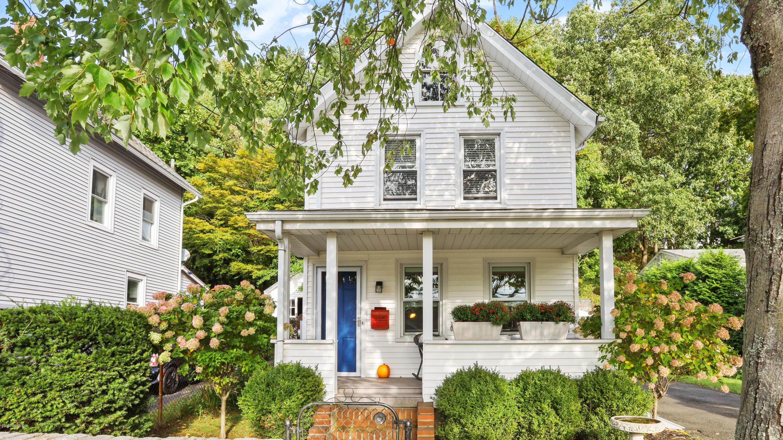 23 Pemberwick Road, Greenwich, Connecticut 06831, 3 Bedrooms Bedrooms, ,2 BathroomsBathrooms,Single family,For sale,Pemberwick,111443