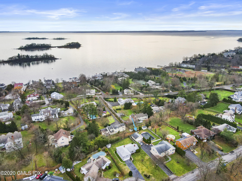 18 Norias Road, Greenwich, Connecticut 06830, 4 Bedrooms Bedrooms, ,3 BathroomsBathrooms,Single family,For sale,Norias,111904