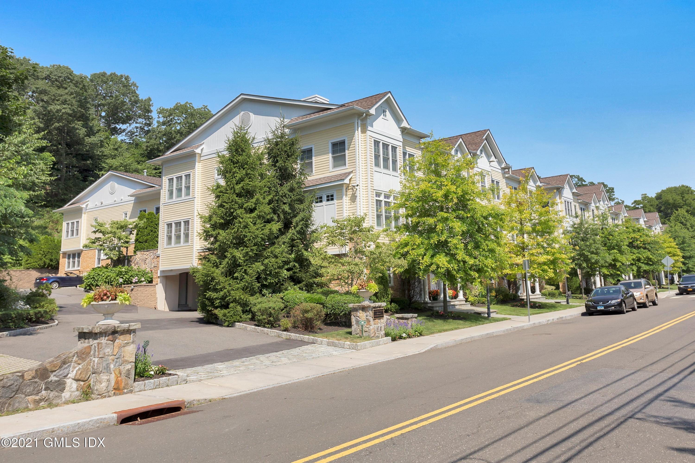 70 Riverdale Avenue, Greenwich, Connecticut 06831, 2 Bedrooms Bedrooms, ,2 BathroomsBathrooms,Condominium,For sale,Riverdale,111964