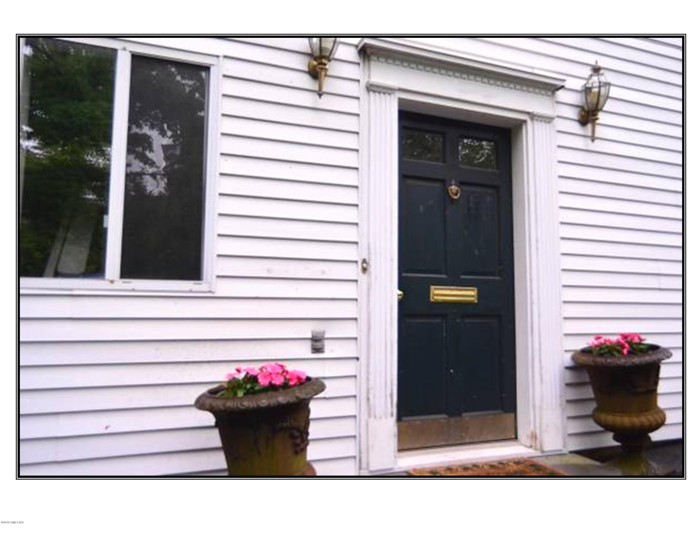 141 Davis Avenue, Greenwich, Connecticut 06830, 2 Bedrooms Bedrooms, ,2 BathroomsBathrooms,Apartment,For Rent,Davis,112261