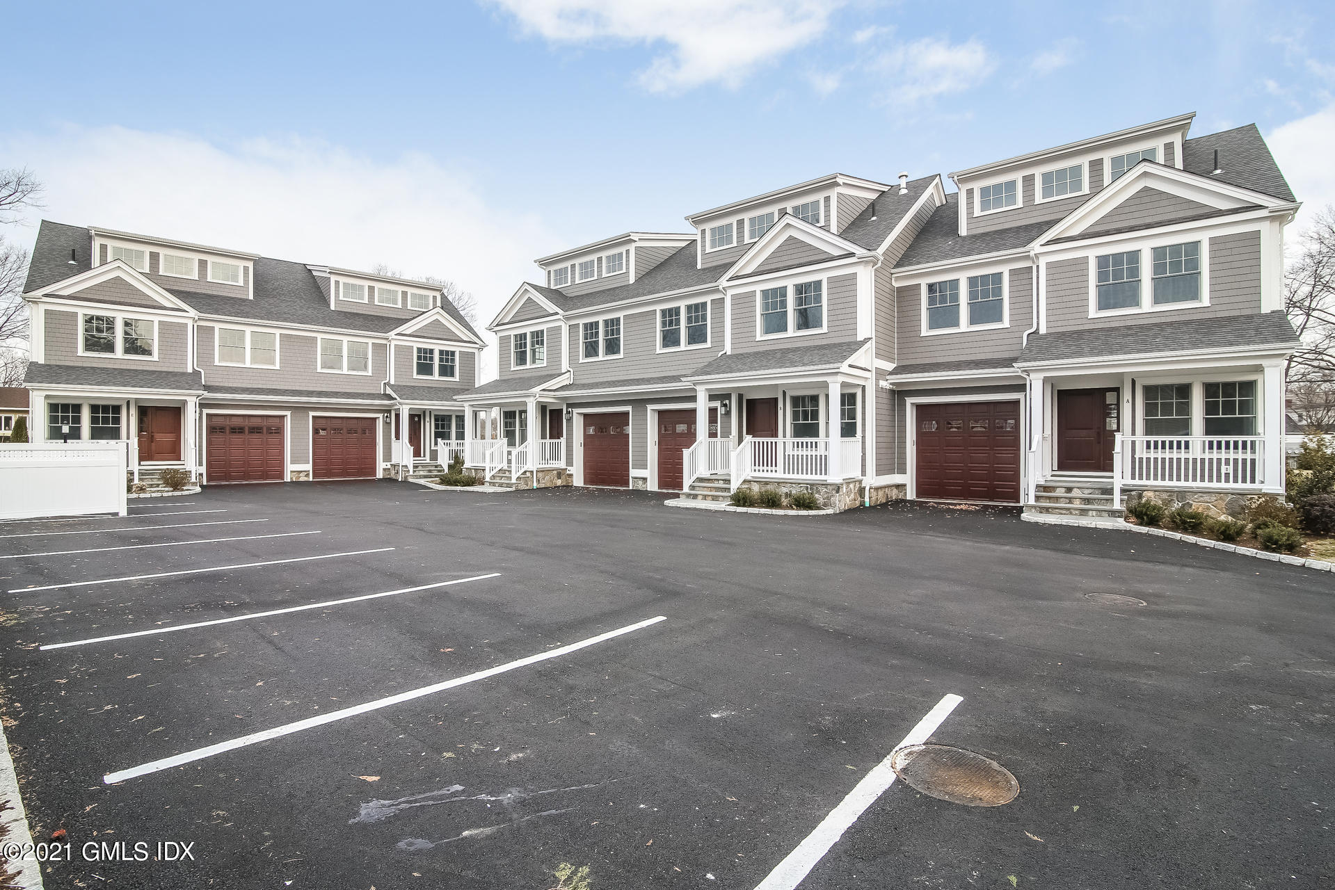 16 Hawthorne Street, Greenwich, Connecticut 06831, 3 Bedrooms Bedrooms, ,2 BathroomsBathrooms,Condominium,For sale,Hawthorne,112273