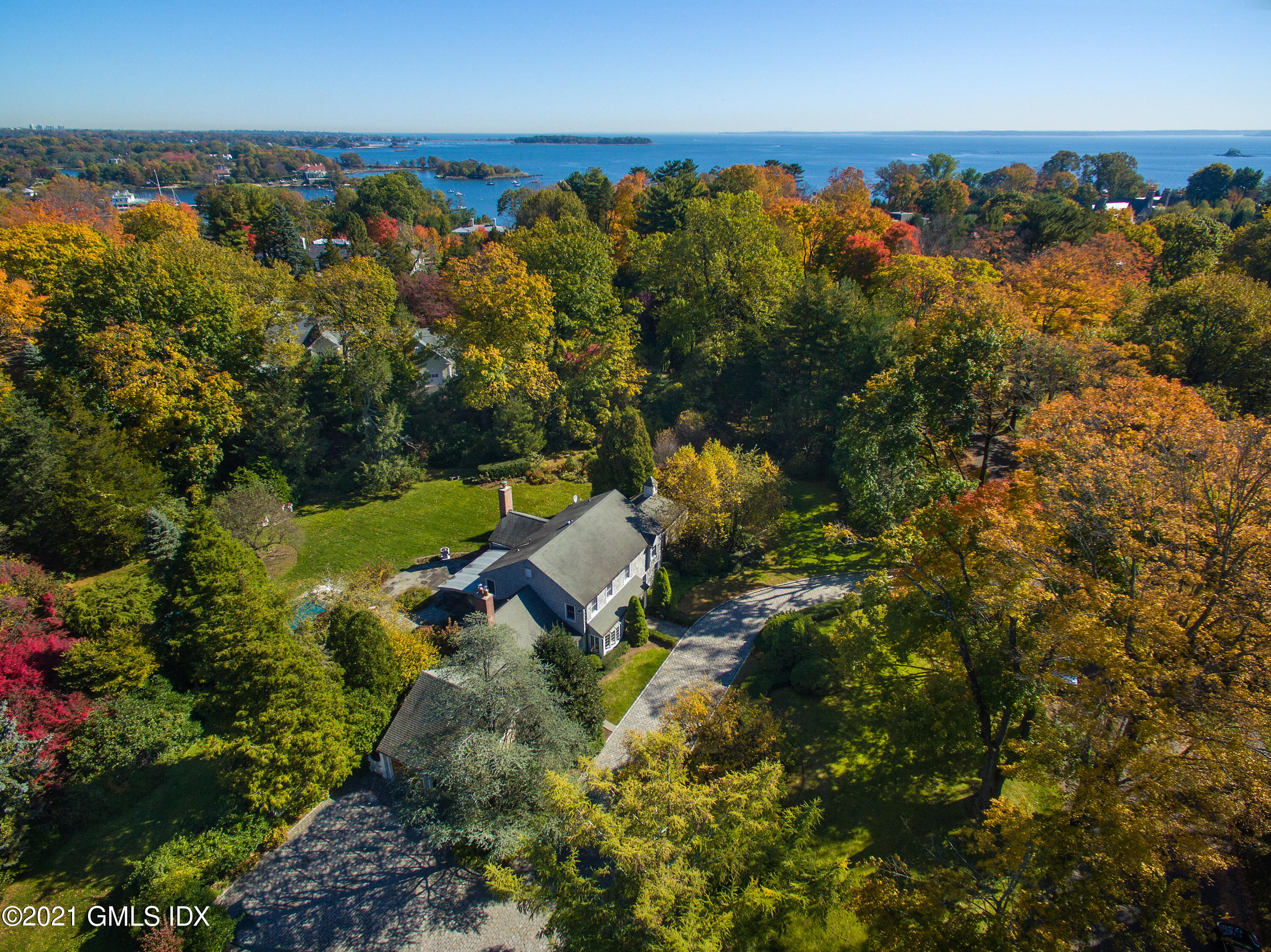 9 Field Point Circle, Greenwich, Connecticut 06830, 5 Bedrooms Bedrooms, ,4 BathroomsBathrooms,For sale,Field Point,112205