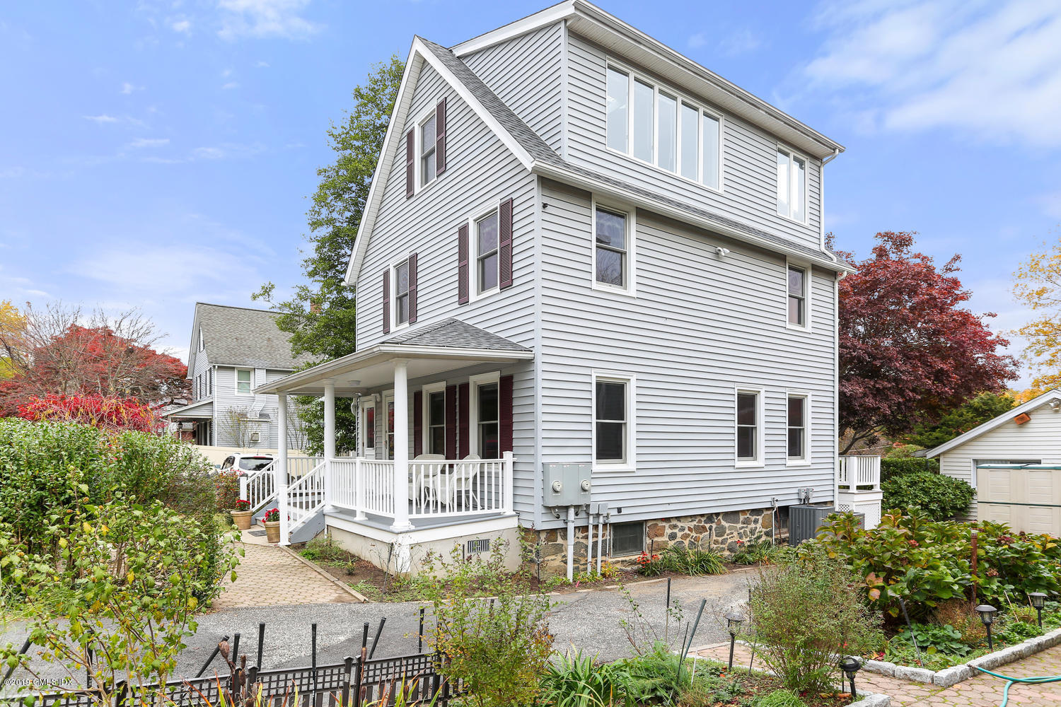 37 Chapel Street, Greenwich, Connecticut 06831, 3 Bedrooms Bedrooms, ,2 BathroomsBathrooms,Multi-family - 2 units,For Rent,Chapel,112255