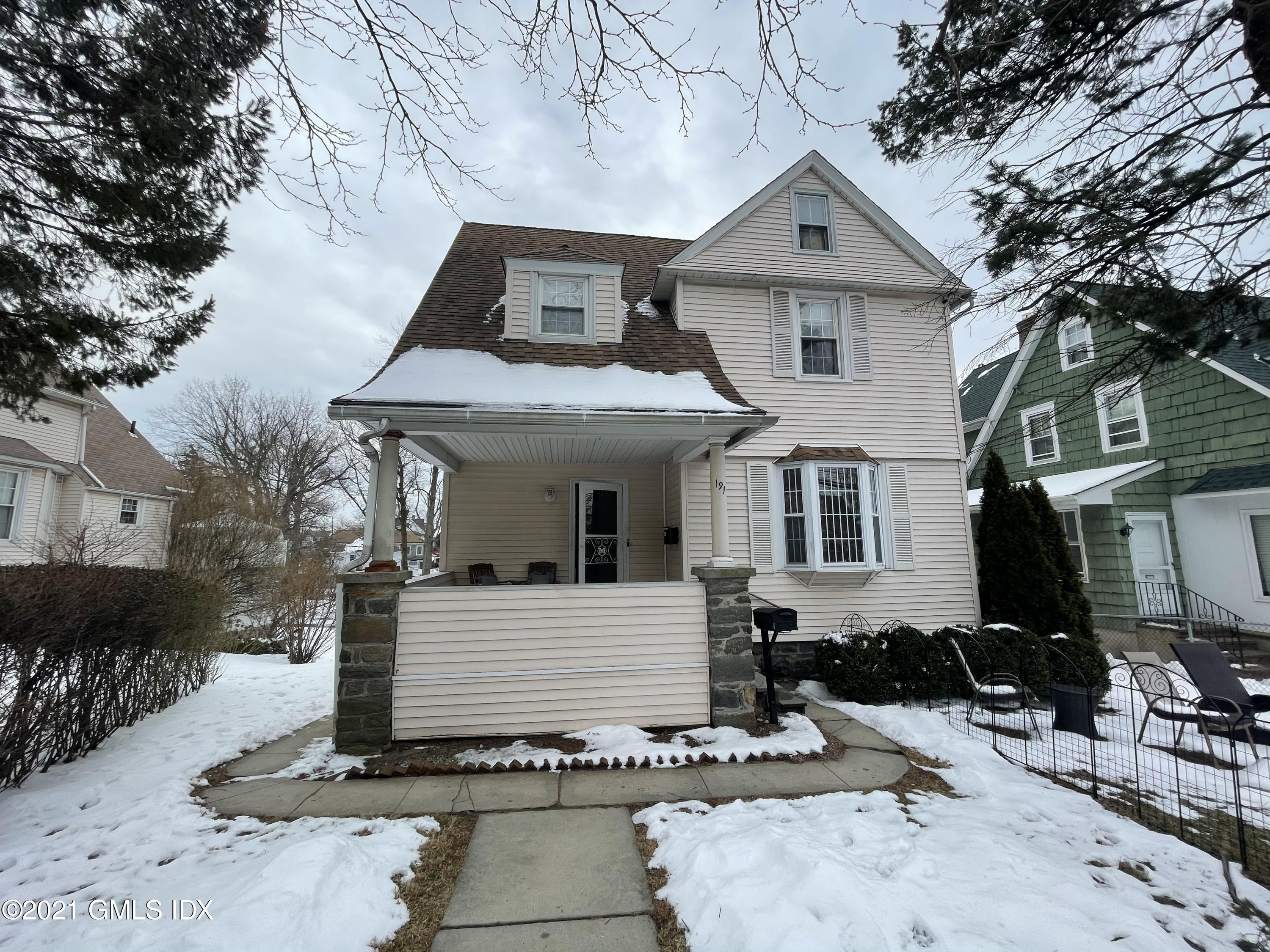 191 Field Point Road, Greenwich, Connecticut 06830, 1 Bedroom Bedrooms, ,1 BathroomBathrooms,Multi-family - 2 units,For Rent,Field Point,112267