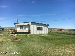 59 E Country LN, GREAT FALLS, MT 59404