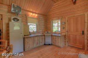 Cabin_1_Inside_3