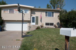 2706 Delmar DR, GREAT FALLS, MT 59404
