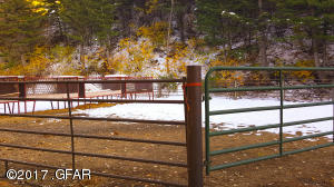 61 Corral and Hay Troughs