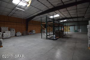 Sorage/Warehouse Space (end view)