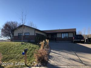 3018 Dawn CT, GREAT FALLS, MT 59404