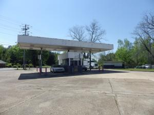 324 Idlewild Rd & Airline Rd, Columbus, MS 39702