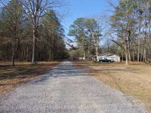 511 Lehmberg Road, Columbus, MS 39702