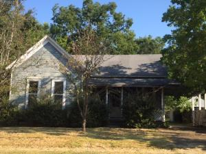 575 Westbrook St, West Point, MS 39773
