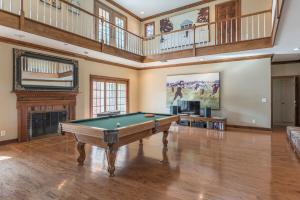 19 pool table fireplace den