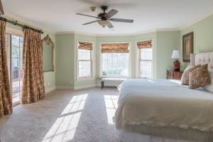 31 Master Bedroom 4