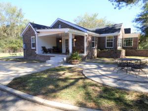 710 Old West Point Rd, Columbus, MS 39701
