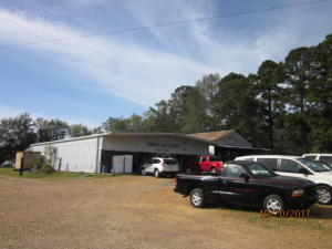 25284 Highway 50 West, West Point, MS 39773