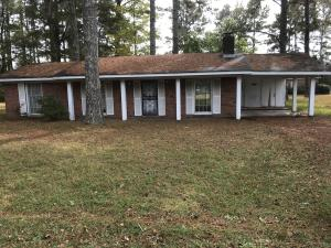 300 Beverly Dr, Columbus, MS 39702