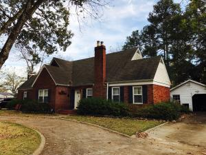 868 E Westbrook Street, West Point, MS 39773