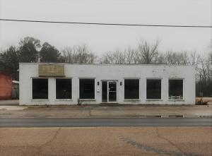 16284 West Main Street, Louisville, MS 39339