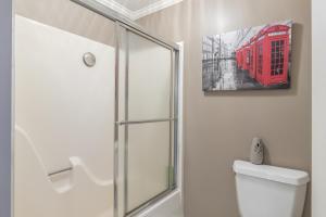30-bathroom three b