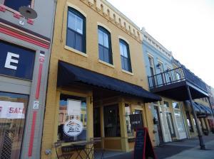 422 Main St, Columbus, MS 39701