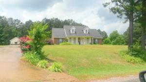 955 Metts St Ext, Louisville, MS 39339