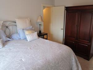 Bedroom 7 (2)