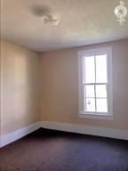924 8th St S-bedroom 1
