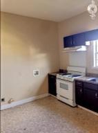 924 8th St S-Kitchen