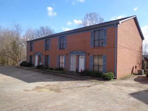 1030 Montgomery St, Starkville, MS 39759