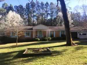 70 Pine Dell Dr, Louisville, MS 39339