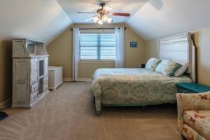 7 Bedroom 1
