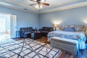 13A Master Bedroom