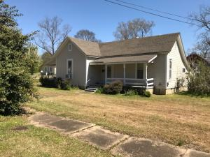 202 Long St, Aberdeen, MS 39730