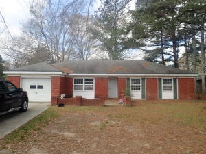 66 Park St, West Point, MS 39773