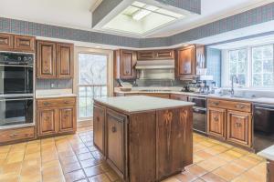 25-kitchen a