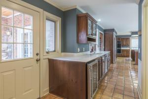 29-bar-kitchen