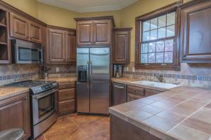 54-pool house kitchen a