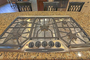 5 BURNER THERMADOR COOK TOP