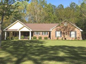 165 Ridge Street, Ackerman, MS 39735