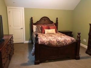 34. Bedroom 2