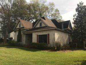 906 E Westbrook St, West Point, MS 39773
