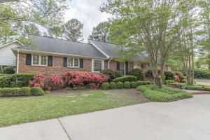 504 Colonial Circle, Starkville, MS 39759