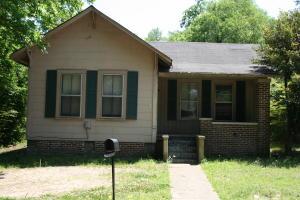 1724 4th Ave, Columbus, MS 39701