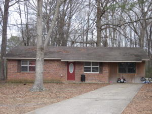 212 Lone Oak Park, West Point, MS 39773