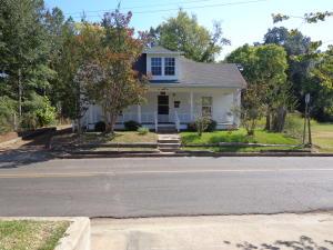 122 N Long St, Starkville, MS 39759